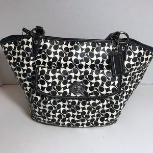 Coach Black and White Logo Tote Looks Brand new!